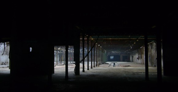 image de l'oeuvre Solitude et compagnie : rêve à Roubaix de  Hannah Collins