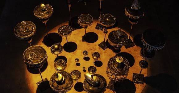 image de l'oeuvre Ati okuku dé imolè (De l'invisible au visible) de  Éliane Aisso